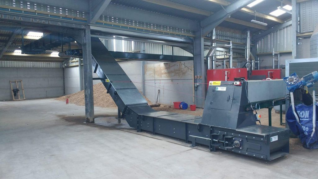 Bio mass wood chip conveyor